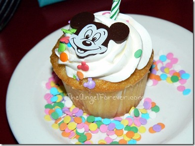 Mickey Cupcake for you