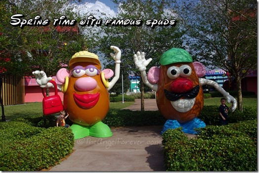 Mr and Mrs Potato Head at Disney's Pop Century Resort