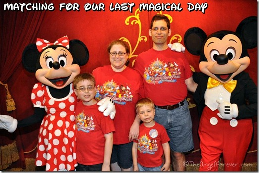 Matching Walt Disney World Shirts with Mickey and Minnie Mouse